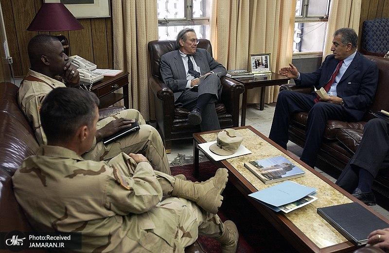 Brigadier_General_Lloyd_Austin_converse_with_Secretary_of_Defense_Donald_Rumsfeld2004