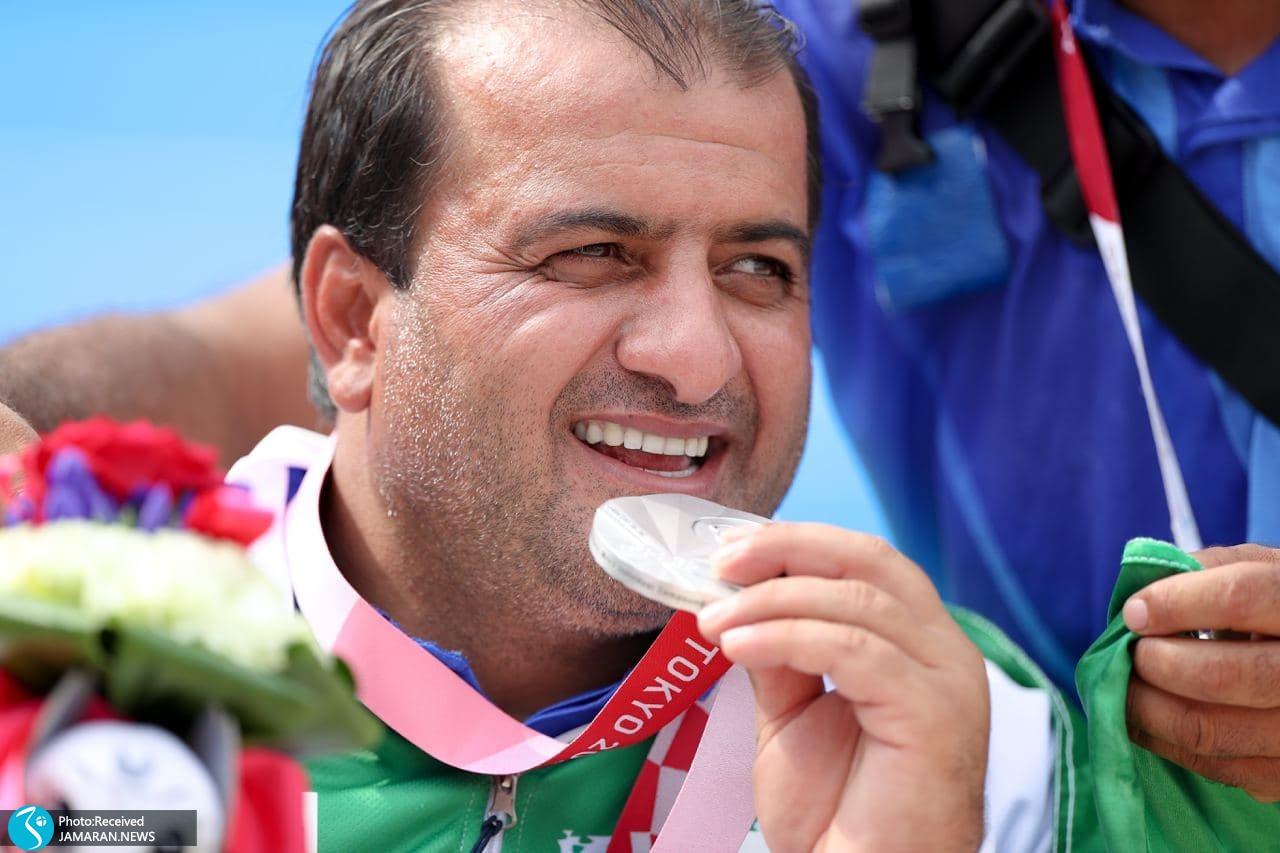 پارالمپیک 2020- اهدای مدال نقره رمضان بیابانی