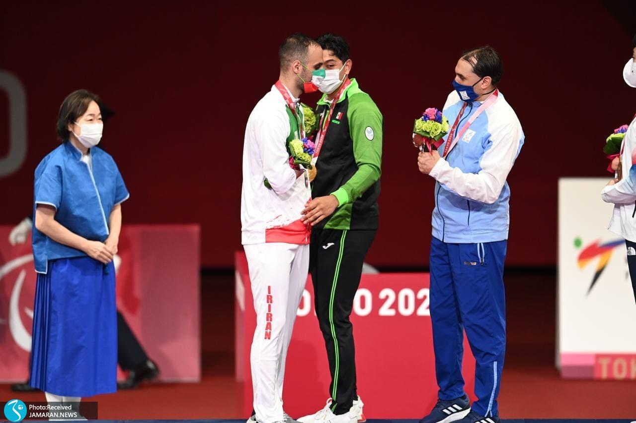 پارالمپیک 2020 - مراسم اهدای مدال نقره مهدی پوررهنما