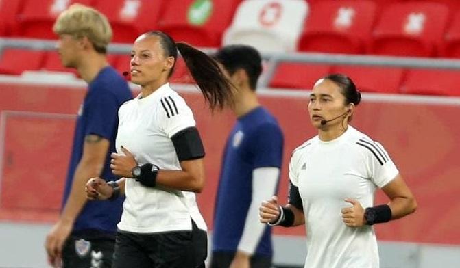 تاریخ سازی سه زن در فوتبال مردان