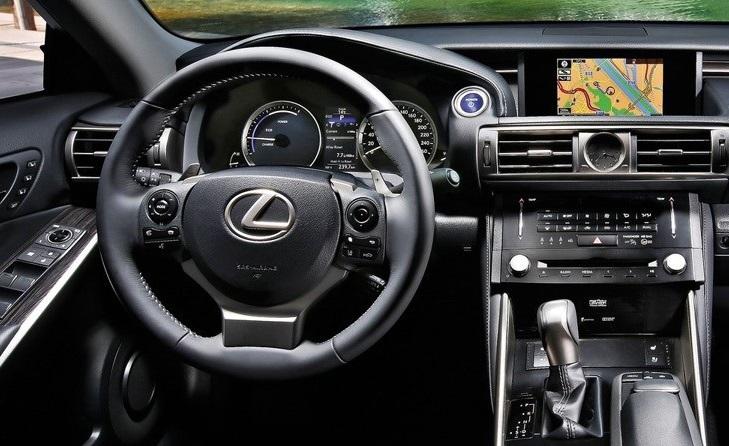 لکسوس NX۳۰۰h
