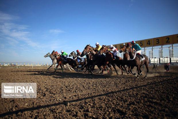 هفته قهرمانی فصل پاییزه اسبدوانی آق قلا برگزار شد