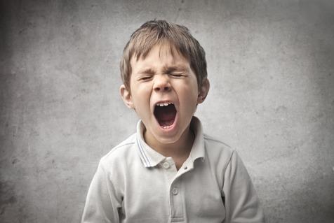 کدام رفتار والدین موجب فرزندسالاری می شود؟