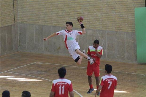 اردوی منتخبان هندبال نونهالان کشور در یزد پایان یافت