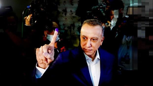 تفتیش فرمانده کل قوای عراق قبل از رای دادن+تصاویر