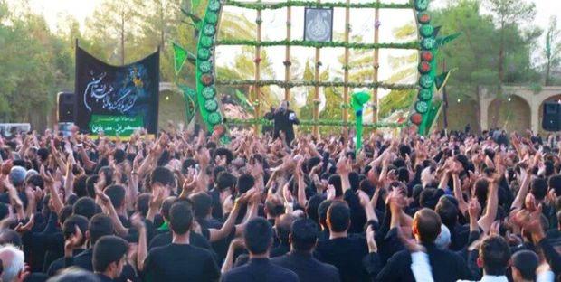 تجمع بزرگ عاشوراییان مهریز برگزار شد