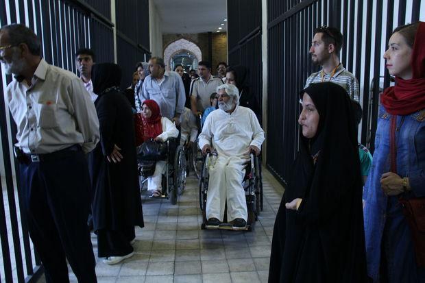 برگزاری کارگاه آموزشی رفتار مسئولانه با گردشگران دارای معلولیت در موزه فرش