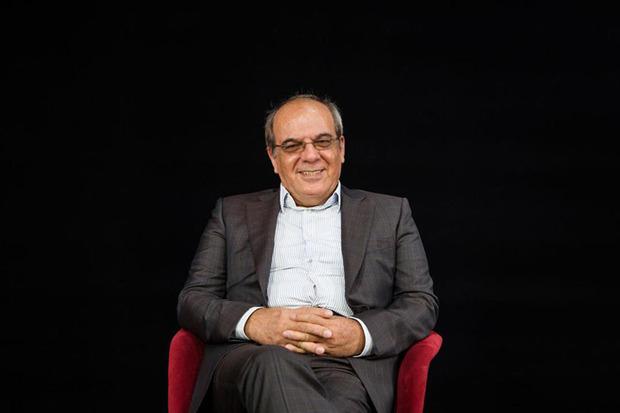 علت آشفتگی خبری در کشور چیست؟/ عباس عبدی: نظام رسانه ای در ایران شلخته و بی اعتبار است