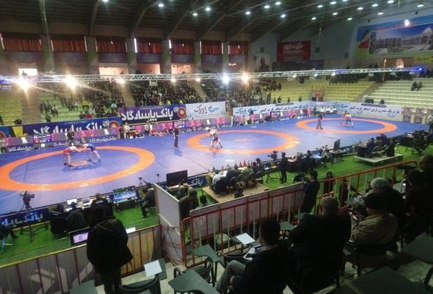 مسابقات کشتی جام تختی در کرمانشاه آغاز شد