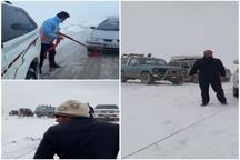 برف و کولاک راه ۵۵ روستای قزوین را مسدود کرد
