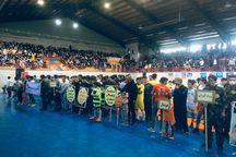 همایش ۲ هزار نفری ورزشکاران در تکاب برگزار شد