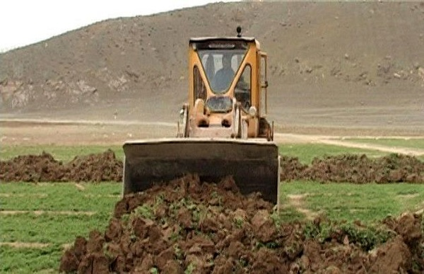 رفع تصرف 4 هکتار اراضی ملی شهرستان ورامین