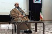 امام جمعه زاهدان: رفع مشکلات مردم در شرایط کنونی کار بسیار مهمی است