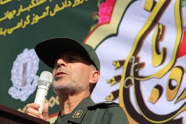 فرمانده سابق سپاه ملایر: نظم جهان بر مدار آمریکا رو به افول است