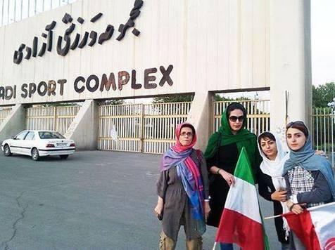 پیشنهاد سهیلا جلودارزاده برای نحوه ورود زنان به ورزشگاه