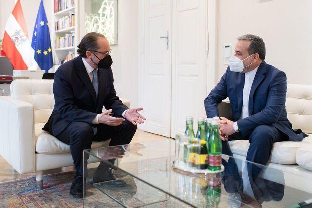 رایزنی برجامی عراقچی و وزیر امور خارجه اتریش در وین