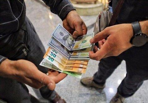 دستگیری دلال ارز با 3000 دلار در تهران