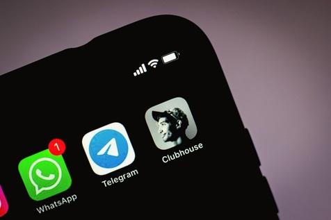 چت صوتی در کلاب هاوس بهتر است یا تلگرام؟ / رقابت دو اپلیکیشن در زمان بندی چت ها