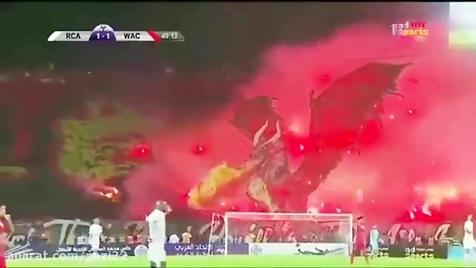 اژدها در ورزشگاه فوتبال +فیلم