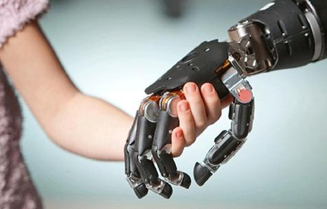 تولید دست مصنوعی با حس لامسه در کشور