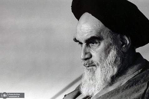پاسخ امام به استفتا درباره جمع آوری عکس شهدا از اتوبان قم