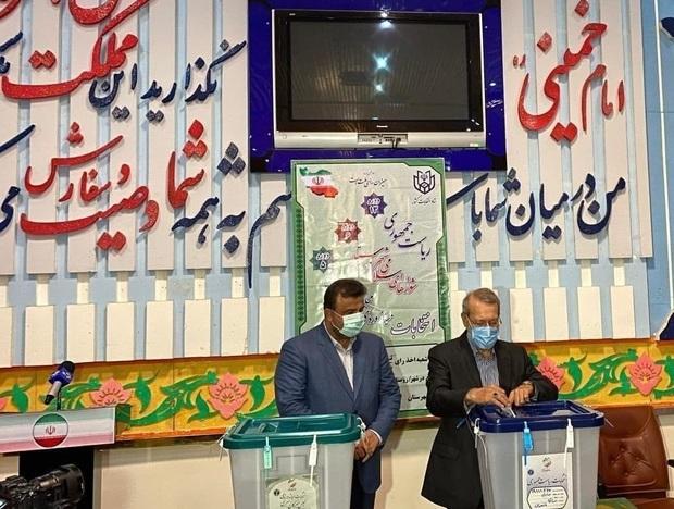 علی لاریجانی: قهر با انتخابات معنی ندارد/ نظراتمان را به دولت سیزدهم انتقال میدهیم