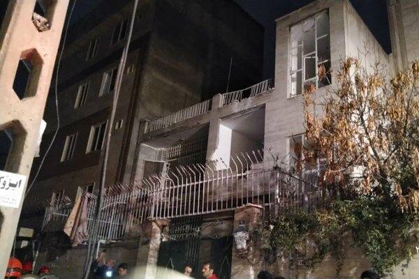 انفجار کپسول گاز در تهران ۲ واحد مسکونی را تخریب کرد