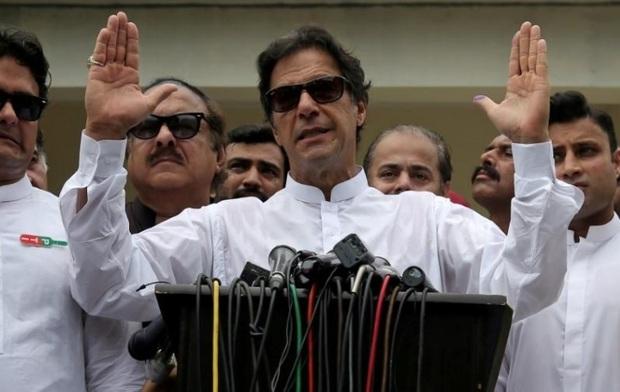 عمران خان: کمک های ایران به پاکستان را هرگز فراموش نمی کنیم