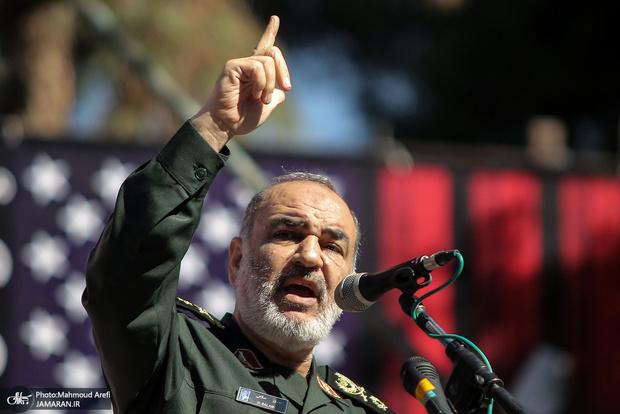 سردار سلامی: مبارزه با مواد مخدر یک جنگ بزرگ است