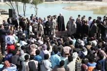 در کنار مردم مناطق سیل زده استان سیستان و بلوچستان هستیم و مشکلات آنان را حل خواهیم کرد