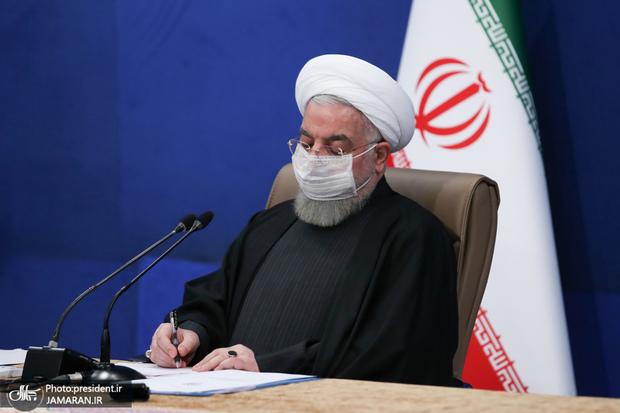 دستور روحانی پس از دریافت گزارش وزیر راه و شهرسازی در خصوص زلزله سی سخت
