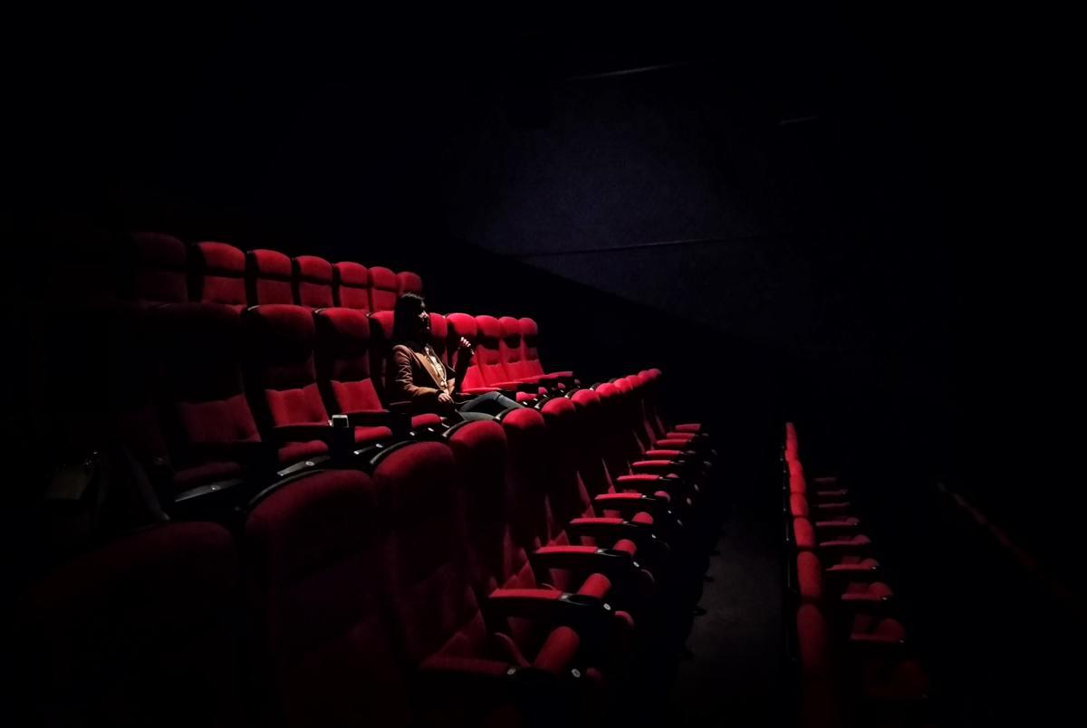 سینماهای بدهکار اجازه اکران فیلم جدید را ندارند