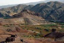 حریم قلعه تاریخی سمیران از حضور گله داران پاک سازی شد