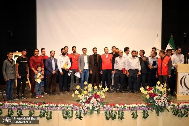 مراسم تقدیر از آتش نشان های خمین برگزار شد+تصاویر