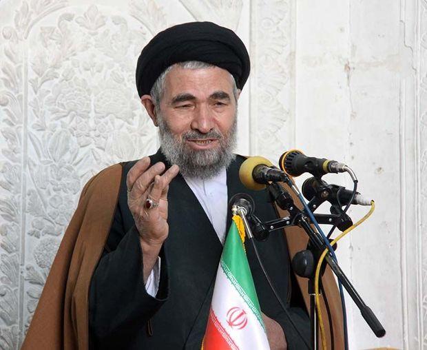 انقلاب اسلامی با عاشورا پیوند خورده است