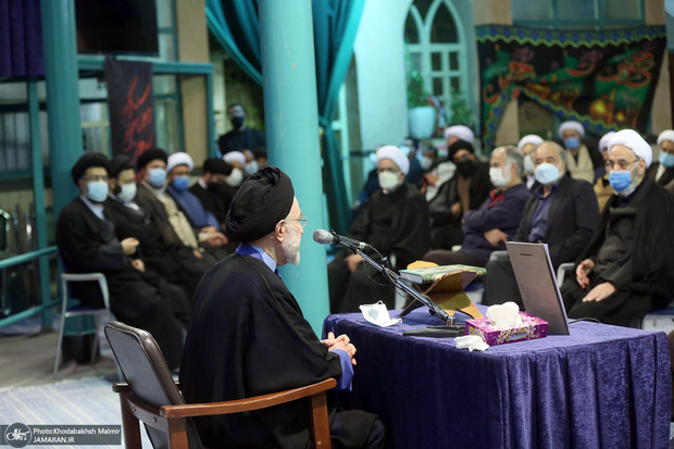 فیلم کامل مراسم شام شهادت امام رضا(ع) و بزرگداشت علامه حکیمی در حسینیه جماران