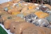 خودروی قاچاقچیان با ۱۲۶ کیلو موادافیونی در یزد توقیف شد