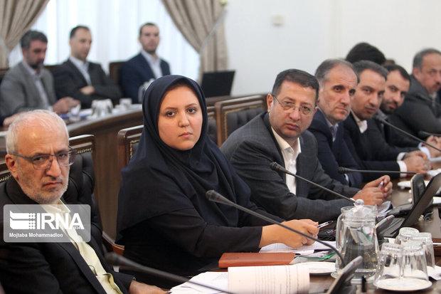 نفوذ نمایندگان و مقاومت مدیران، سدراه تحقق پستهای مدیریتی بانوان در مازندران