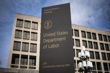 فقط در یک هفته بیش از 3میلیون آمریکایی فرم بیکاری پر کردند