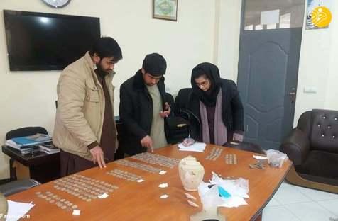 ۳۱۰ سکه دوران قاجار در هرات کشف شد+ عکس