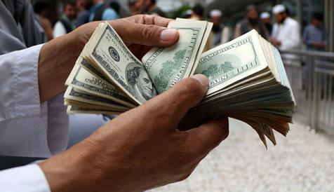 پیشبینی فعالان اقتصادی از روند قیمت ارز در بازار