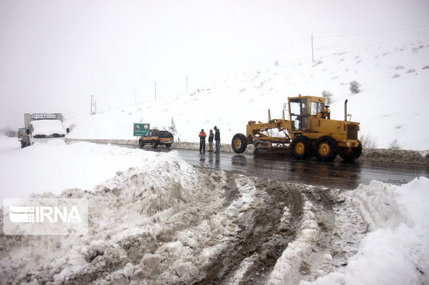 ۶۶۵ دستگاه ماشینآلات راهداری برای عملیات زمستانی مجهز شدند