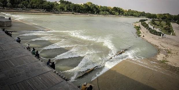 72 درصد مخزن سد زاینده رود خالی است