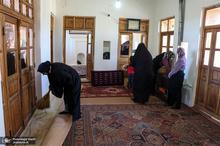 غبار روبی زادگاه حضرت امام خمینی در شهرستان خمین