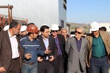 استاندار همدان از شرکت فروسیلیس آذرخش ملایر بازدید کرد