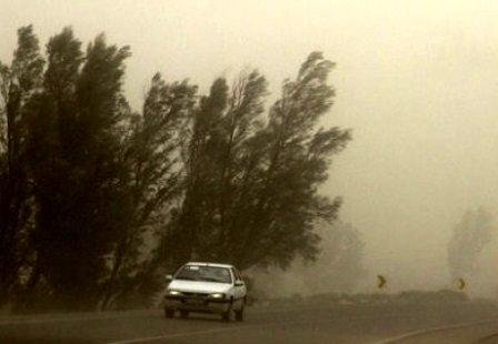 وزش تندبادهای لحظهای و احتمال وقوع پدیده گرد و خاک از روز چهارشنبه در خوزستان