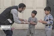 ۸۰۰ بسته بهداشتی و معیشتی بین کودکان کار یزد توزیع شد