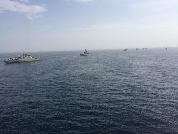 اژدر از بالگرد و زیردریایی های طارق و غدیر پرتاب شد
