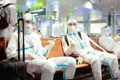 بازیکنان شانگهای SIPG چین با لباس ضدکرونا در لیگ قهرمانان آسیا+ تصاویر