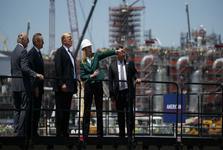 جنگ نفتی عربستان و روسیه کار ترامپ را تمام می کند